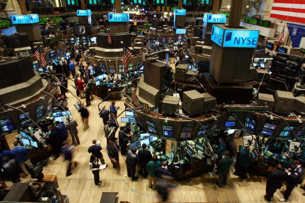 Dow Jones Industrial Average「Stock Market Continues Recovery From Heavy Losses」:写真・画像(8)[壁紙.com]