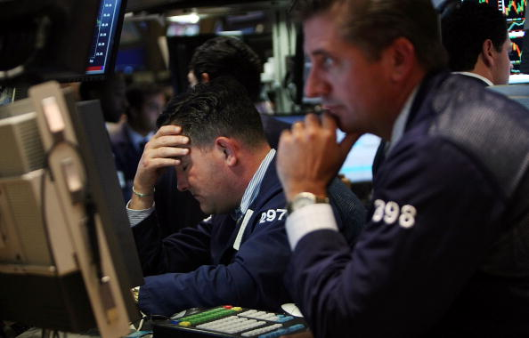 Finance「Stock Market Continues To Tumble Despite AIG Bailout, Lehman Sale」:写真・画像(12)[壁紙.com]
