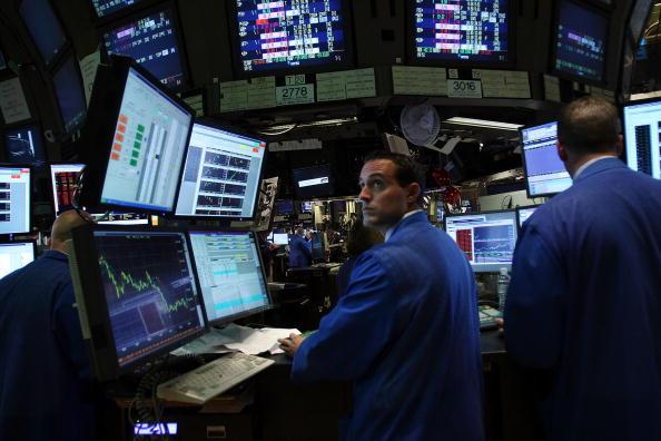 Finance「Wall Street Reels As Major Financial Companies Face Crisis」:写真・画像(0)[壁紙.com]