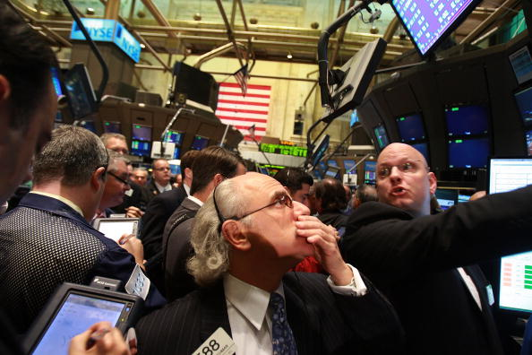 Emergency Economic Stabilization Act「Stocks Open Lower Day After Senate Approves Bailout Bill」:写真・画像(2)[壁紙.com]