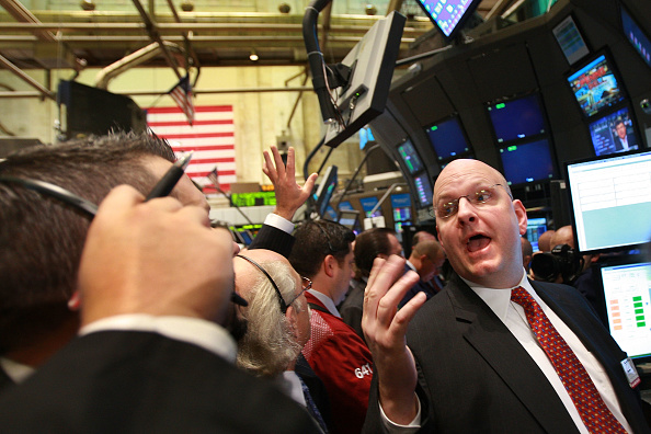 Emergency Economic Stabilization Act「Stocks Open Lower Day After Senate Approves Bailout Bill」:写真・画像(1)[壁紙.com]