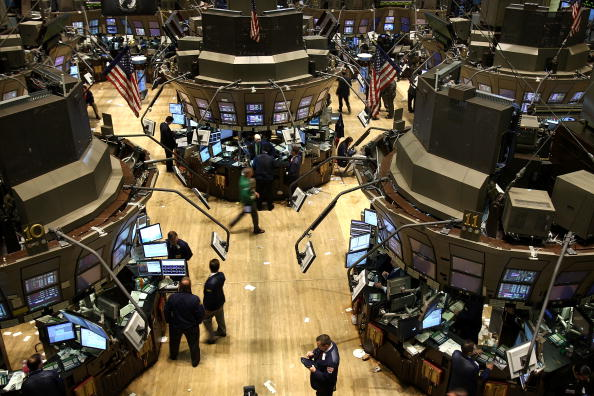 Financial Figures「Persistant Housing Woes Cause Stocks To Drop Again」:写真・画像(12)[壁紙.com]