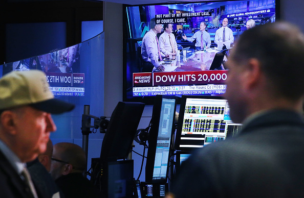 Dow Jones Industrial Average「Dow Jones Industrials Average Crosses 20,000 Mark For The First Time」:写真・画像(1)[壁紙.com]
