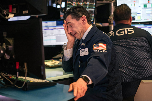 Trader「Markets Face Worst Week Of Losses Since 2008 As Coronavirus Fears Spook Investors」:写真・画像(5)[壁紙.com]
