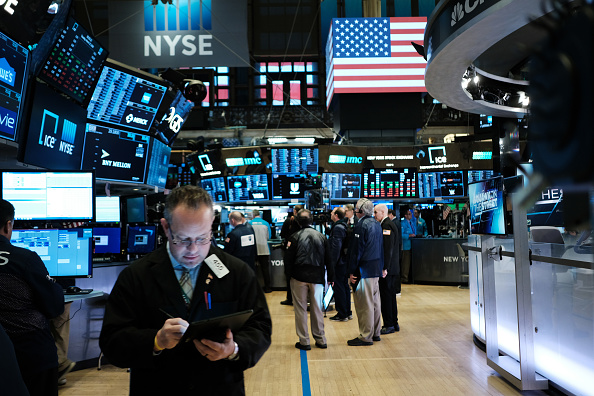 New York Stock Exchange「Markets Open Up After Biggest Drop Since 1987 As Coronavirus Continues To Rattle Stocks」:写真・画像(11)[壁紙.com]
