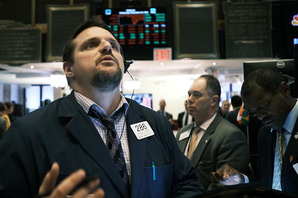 Trader「U.S. Stocks Tumble As China Trade Talks Stall」:写真・画像(16)[壁紙.com]