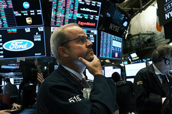 Trader「U.S. Stocks Tumble As China Trade Talks Stall」:写真・画像(8)[壁紙.com]