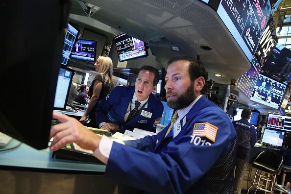 Trader「Global Markets Continue Last Week's Steep Decline」:写真・画像(9)[壁紙.com]