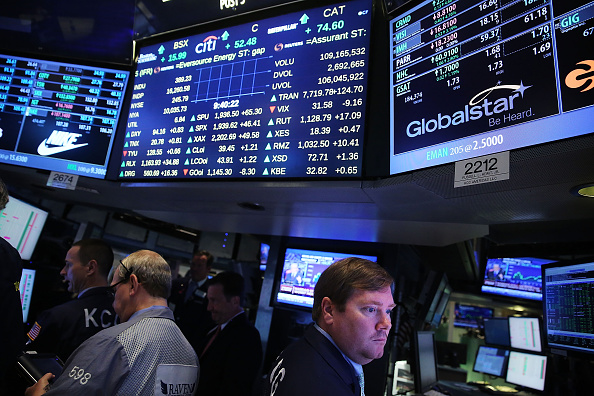 Finance and Economy「US Markets Open After Extremely Volatile Monday Sent Stocks Soaring Downward」:写真・画像(19)[壁紙.com]