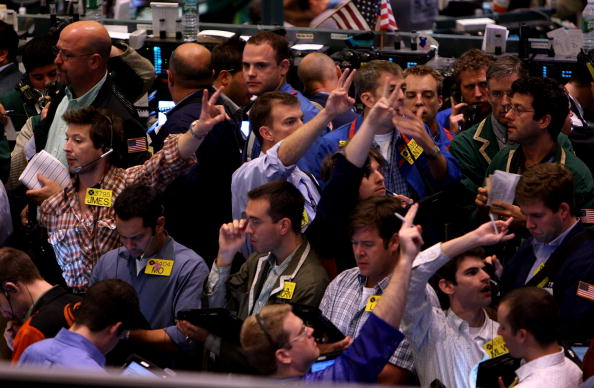 Flooring「Oil Prices Continue To Rise Over Supply Fears」:写真・画像(14)[壁紙.com]