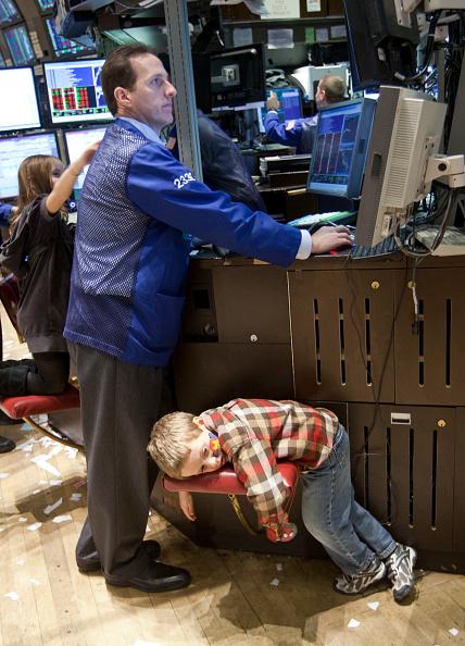 Day「Dubai Debt Sends U.S. Stocks Lower」:写真・画像(17)[壁紙.com]