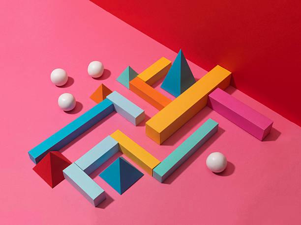White Balls with Colour Shape Maze:スマホ壁紙(壁紙.com)