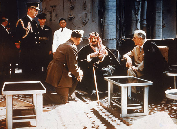 FDR Meets With King Ibn Saud:ニュース(壁紙.com)