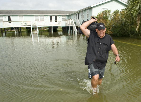 Hurricane Ike「Texas Gulf Coast Prepares For Hurricane Ike」:写真・画像(10)[壁紙.com]