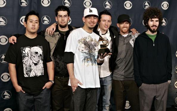リンキン・パーク「48th Annual Grammy Awards - Press Room」:写真・画像(3)[壁紙.com]