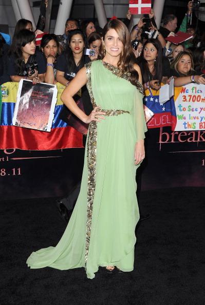 "Chiffon「Premiere Of Summit Entertainment's ""The Twilight Saga: Breaking Dawn - Part 1"" - Arrivals」:写真・画像(10)[壁紙.com]"