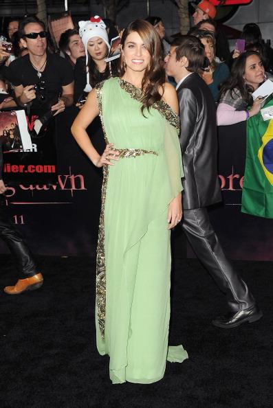 "Chiffon「Premiere Of Summit Entertainment's ""The Twilight Saga: Breaking Dawn - Part 1"" - Arrivals」:写真・画像(11)[壁紙.com]"