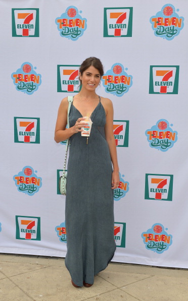 Empire State Building「Actress Nikki Reed Hosts 7-Eleven's 86th Birthday Party In Malibu」:写真・画像(3)[壁紙.com]