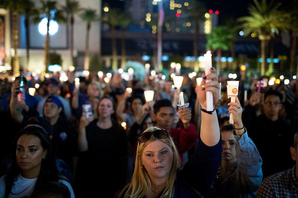 ラスベガス「Mass Shooting At Mandalay Bay In Las Vegas Leaves At Least 50 Dead」:写真・画像(16)[壁紙.com]