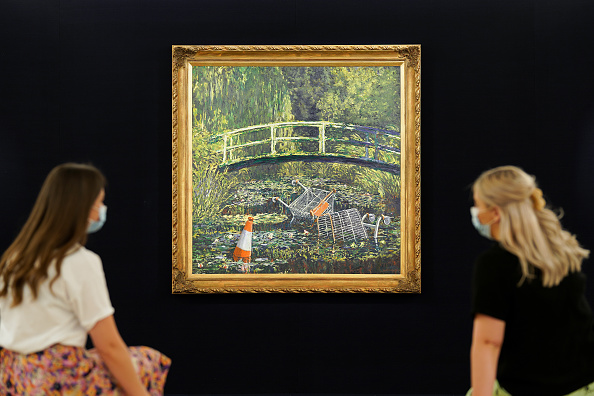 People「Banksy's 'Show Me The Monet' To Star In Sotheby's 'Modernites/Contemporary' Evening Sale Series」:写真・画像(16)[壁紙.com]