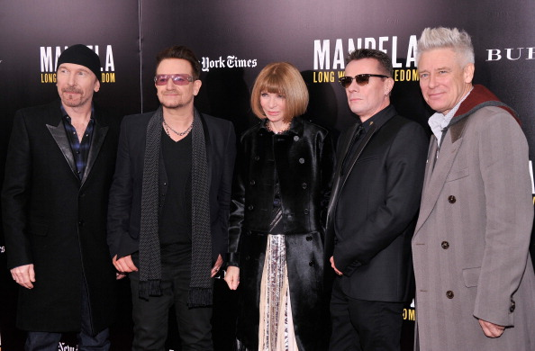 "Stephen Lovekin「""Mandela: Long Walk To Freedom"" Screening Hosted By U2, Anna Wintour, Bob And Harvey Weinstein With Burberry」:写真・画像(15)[壁紙.com]"