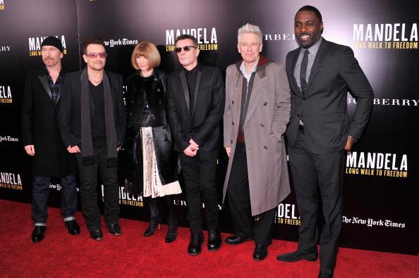 "Stephen Lovekin「""Mandela: Long Walk To Freedom"" Screening Hosted By U2, Anna Wintour, Bob And Harvey Weinstein With Burberry」:写真・画像(17)[壁紙.com]"