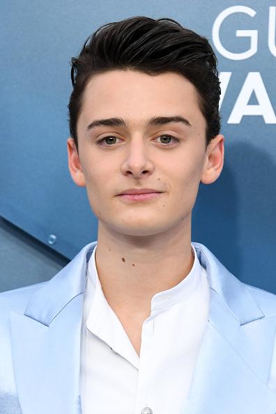 Noah Schnapp「26th Annual Screen ActorsGuild Awards - Arrivals」:写真・画像(12)[壁紙.com]