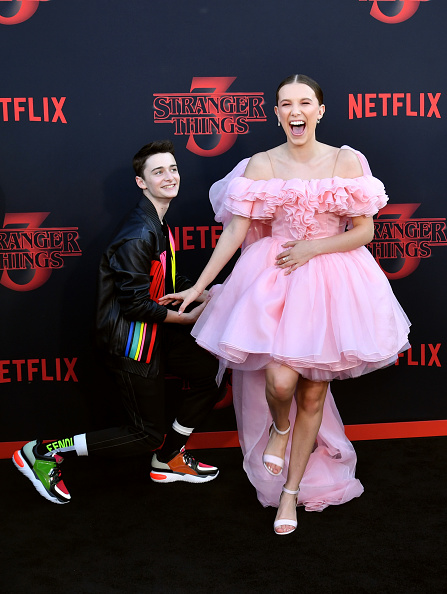 "Noah Schnapp「Premiere Of Netflix's ""Stranger Things"" Season 3 - Arrivals」:写真・画像(7)[壁紙.com]"
