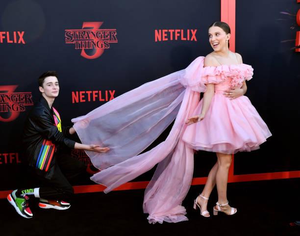 """Premiere Of Netflix's """"Stranger Things"""" Season 3 - Arrivals:ニュース(壁紙.com)"""
