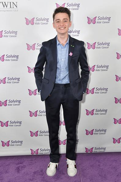 Noah Schnapp「Solving Kids' Cancer Annual Spring Celebration Gala」:写真・画像(18)[壁紙.com]