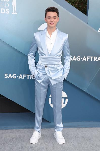 Noah Schnapp「26th Annual Screen ActorsGuild Awards - Arrivals」:写真・画像(11)[壁紙.com]