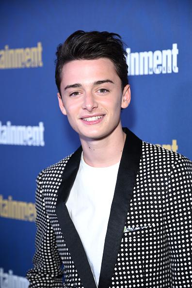 Noah Schnapp「Entertainment Weekly Celebrates Screen Actors Guild Award Nominees at Chateau Marmont - Arrivals」:写真・画像(17)[壁紙.com]