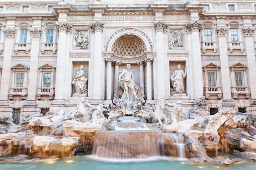 Piazza di Trevi「Fontana di Trevi or Trevi Fountain, Rome.」:スマホ壁紙(2)