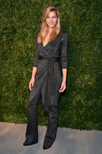 Jessica Hart「11th Annual CFDA/Vogue Fashion Fund Awards - Arrivals」:写真・画像(8)[壁紙.com]
