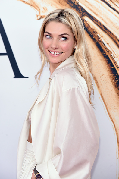 Jessica Hart「2016 CFDA Fashion Awards - Arrivals」:写真・画像(2)[壁紙.com]