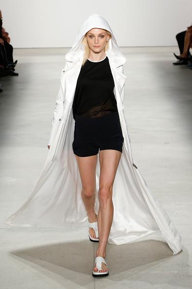 Brian Ach「Karigam - Runway - Spring 2016 New York Fashion Week: The Shows」:写真・画像(14)[壁紙.com]