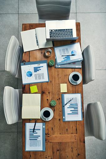 Meeting「Everything a boardroom needs」:スマホ壁紙(9)