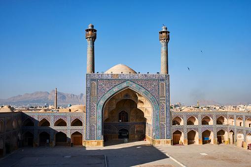 Iranian Culture「Iran, Isfahan, Friday mosque」:スマホ壁紙(12)