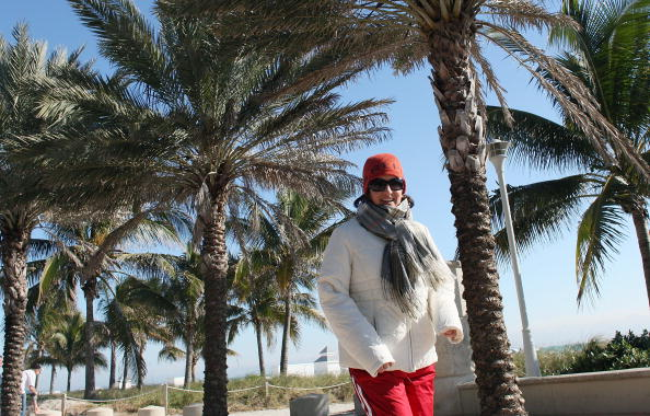 Miami Beach「Record Cold Hits Miami Area」:写真・画像(2)[壁紙.com]