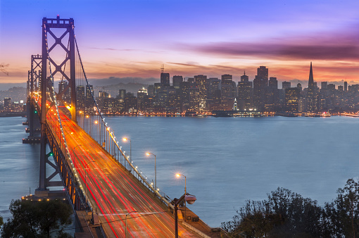 Famous Place「Bay Bridge and San Francisco skyline at sunset」:スマホ壁紙(19)