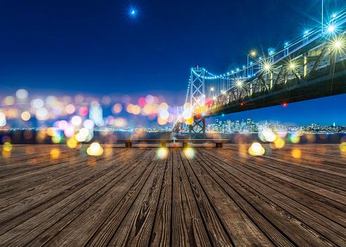 交通量「ベイブリッジとサンフランシスコの街並みの夜」:スマホ壁紙(4)
