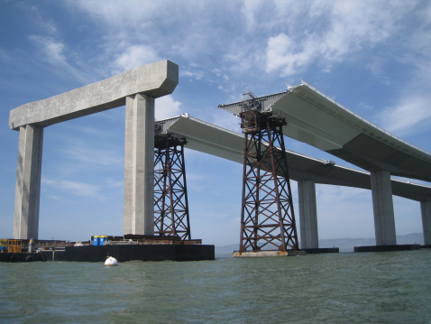Low Section「Bay Bridge In Progress San Francisco Bay Area」:スマホ壁紙(3)