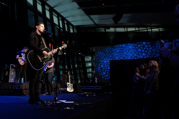 Southern USA「Country Music Hall of Fame and Museum Hosts Nightfall at the Hall with Devin Dawson」:写真・画像(3)[壁紙.com]
