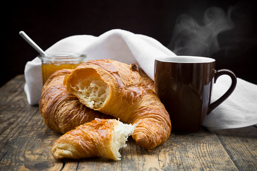 Baked Pastry Item「Croissants, fig jam and cup of hot coffee」:スマホ壁紙(8)