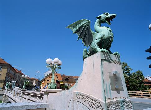 Dragon「Dragon Bridge in Ljubljana, Slovenia」:スマホ壁紙(4)