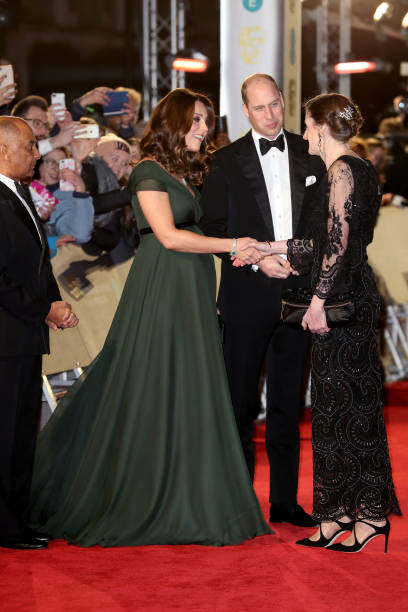 Attending「The Duke And Duchess of Cambridge Attend The EE British Academy Film Awards」:写真・画像(4)[壁紙.com]