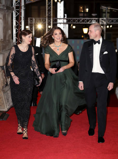 イギリス「The Duke And Duchess of Cambridge Attend The EE British Academy Film Awards」:写真・画像(11)[壁紙.com]