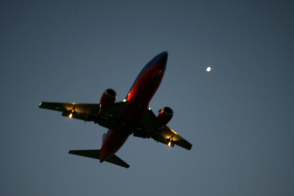 LAX Airport「U.S. Airline Industry Struggles Through Turbulent Times」:写真・画像(14)[壁紙.com]