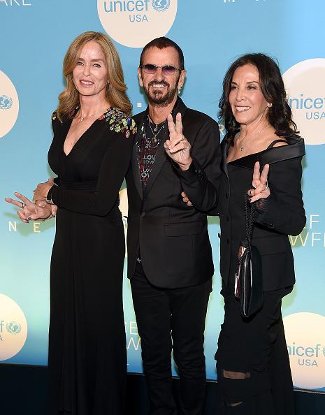 雪の結晶「UNICEF USA's 14th Annual Snowflake Ball」:写真・画像(15)[壁紙.com]