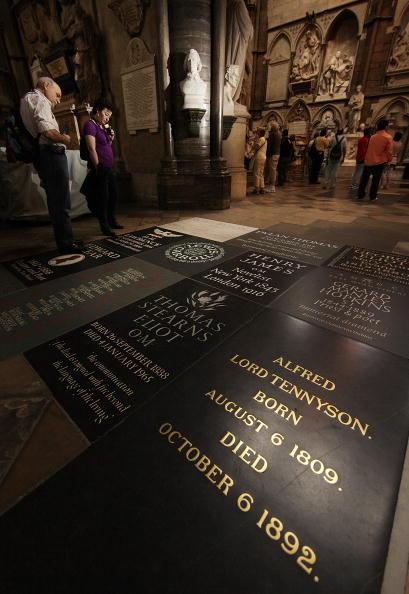 Corner「Westminster Abbey Celebrate The Anniversary Of The Birth of Tennyson」:写真・画像(1)[壁紙.com]